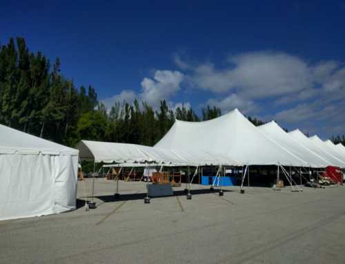 The tent is getting ready…!
